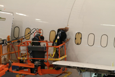 Boeing South Carolina employees work on a 787 Dreamliner in North Charleston. (Photo/Kim McManus)