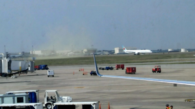 A 787 Dreamliner kicks up a cloud of pollen near Charleston International Airport in North Charleston. (Photo/Alec Owens)